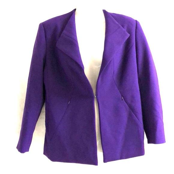 Carmen Marc Valvo Jackets & Blazers - Carmen Marc Valvo purple blazer sz S